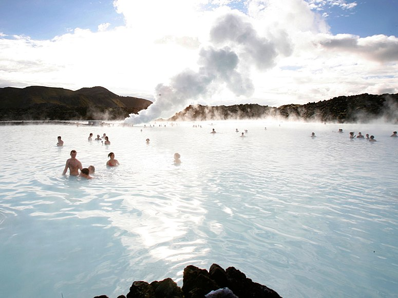 October 2012 travel the world for Hotels near the blue lagoon iceland