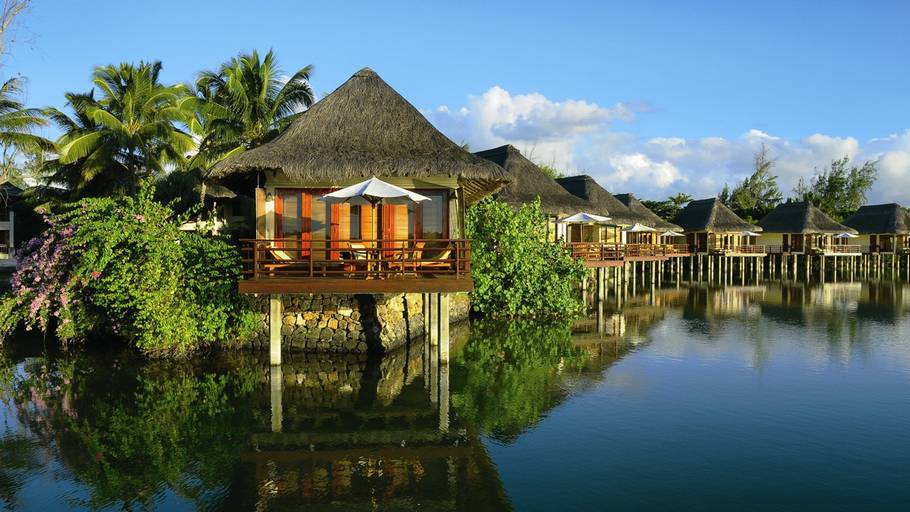 5 best hotels in mauritius island travel the world for Design hotel mauritius