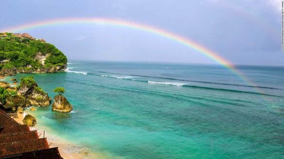 160413160609-05-bali-bingin-beach-super-169